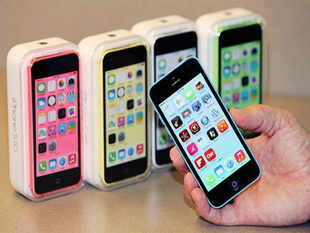 Apple decided to withdraw the four-year-old iPhone 4 from India after re-launching it in January to boost ASP, which fell the most in the last quarter.