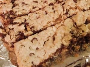 Barres biscuit au beurre d'arachide et aux brisures de chocolat