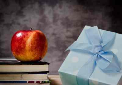 cadeau enseignant école
