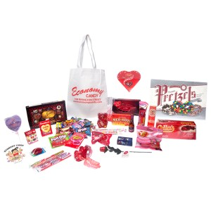 VALENTINE'S DAY CANDYCARE PACKS™