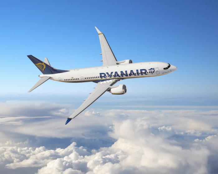 Ryanair Boeing 737 MAX 8 200
