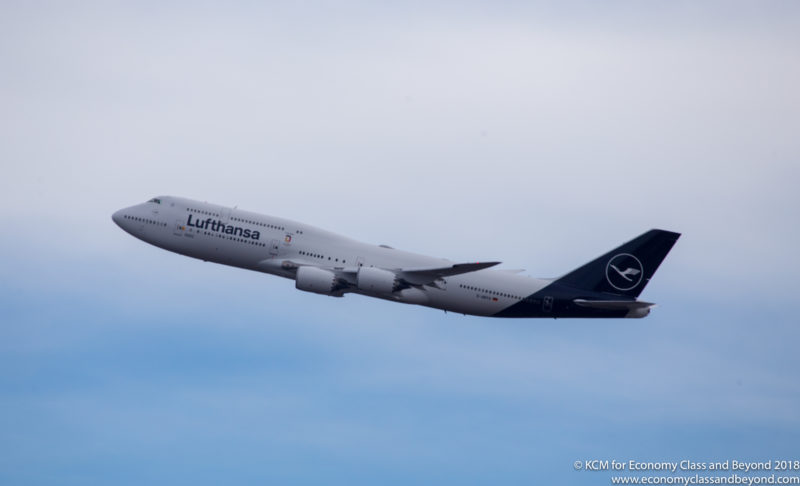Lufthansa Boeing 747-8i climbing out of Chicago - Image, Economy Class and Beyond