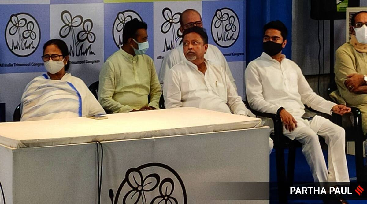BJP leader Mukul Roy, son rejoin TMC in presence of Mamata Banerjee