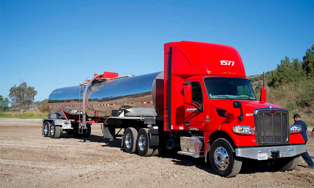 Specialty Material Hauling Tanker