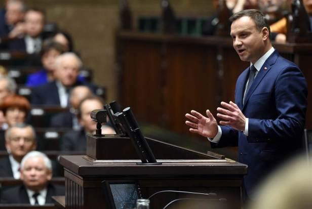 180201-poland-parliament-mc-849_9c6054802f997e00fceb365e32fcf000.nbcnews-ux-2880-1000