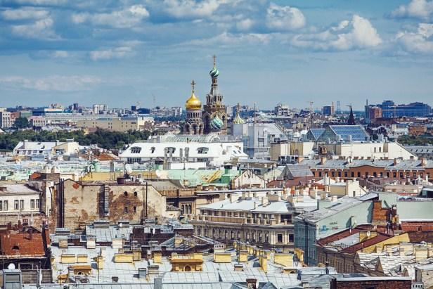 Visitez les toits de Saint-Pétersbourg