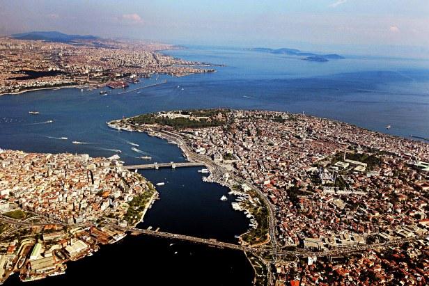 Istanbul est entre deux continents