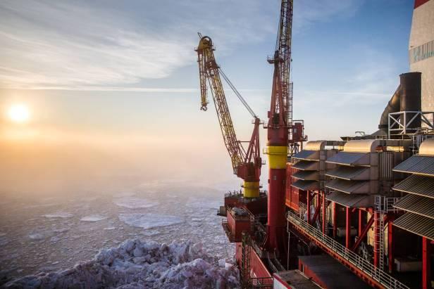 L'OPEP prévoit que la production pétrolière moyenne en Russie sera de 11,15 millions de barils par jour en 2018 et de 11,17 millions de barils par jour en 2019.