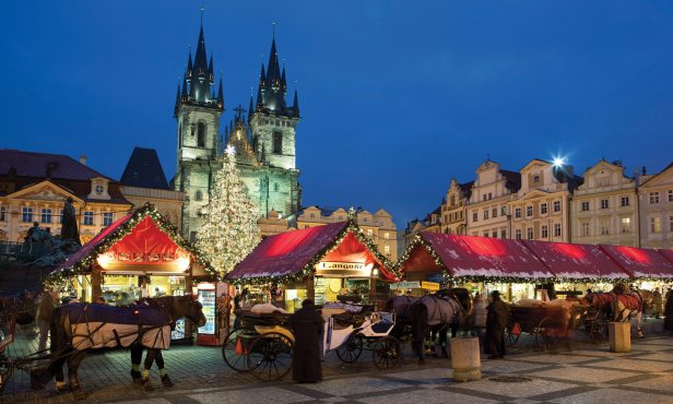 Prague-Xmas-3058661-2000x1200