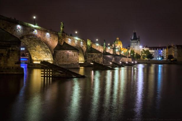 20161014-DSC_5883-chargles-bridge-at-night-prague-1