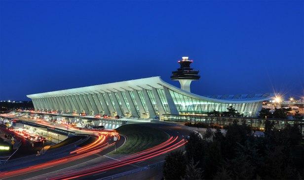 1200px-Washington_Dulles_International_Airport_at_Dusk