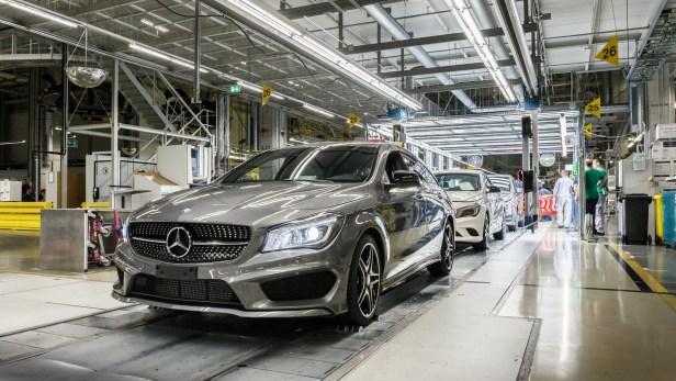 Mercedes-CLA-Shooting-Brake-Hungary-1
