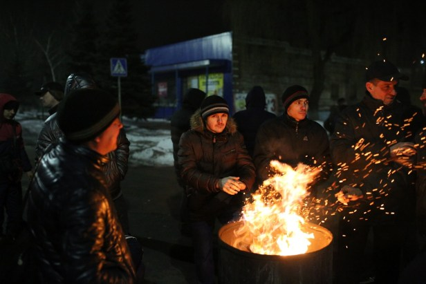 mineurs-grevetoucher-salaire-Novogrodivka-Ukraine-17-fevrier-2018_0_1399_933