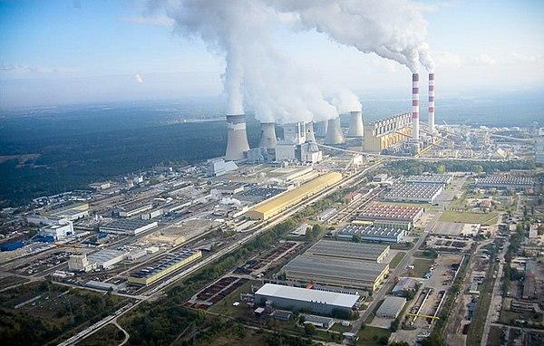 600px-Bełchatów_Elektrownia