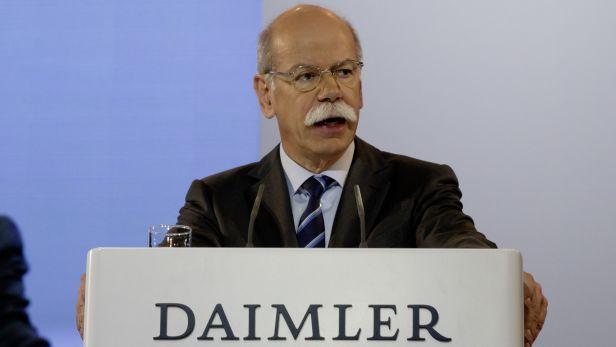 Daimler Mercedes devrait économiser un milliard d'euros de personnel