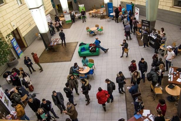 Bien que le taux de chômage à Brno soit très faible, se situant actuellement à 3,8%, l'ABSL n'a pas peur du manque de personnel