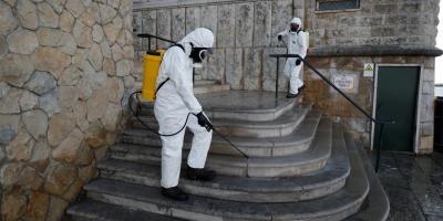 Le Portugal réduit les voyages et prolonge le confinement face à la pire vague de virus au monde
