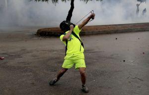 Un verrouillage difficile mène à une émeute de la faim au Liban