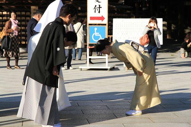 S'incliner ou ne pas s'incliner au Japon