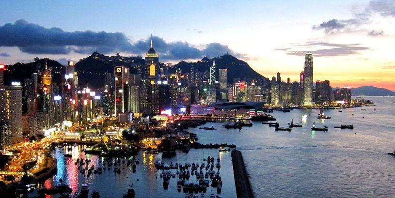 Arnaque à Hong Kong une femme de 90 ans se fait dérober 27 millions d'euros