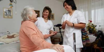 Santé : quel salaire pour les soignants en Suisse, au Royaume-Uni et en Espagne ?