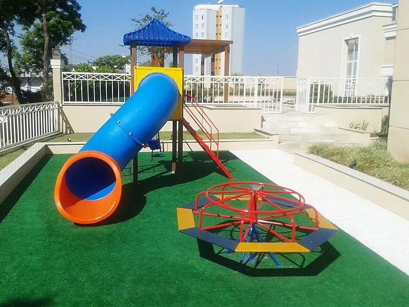 Playground com 1 torre para condominio em Americana