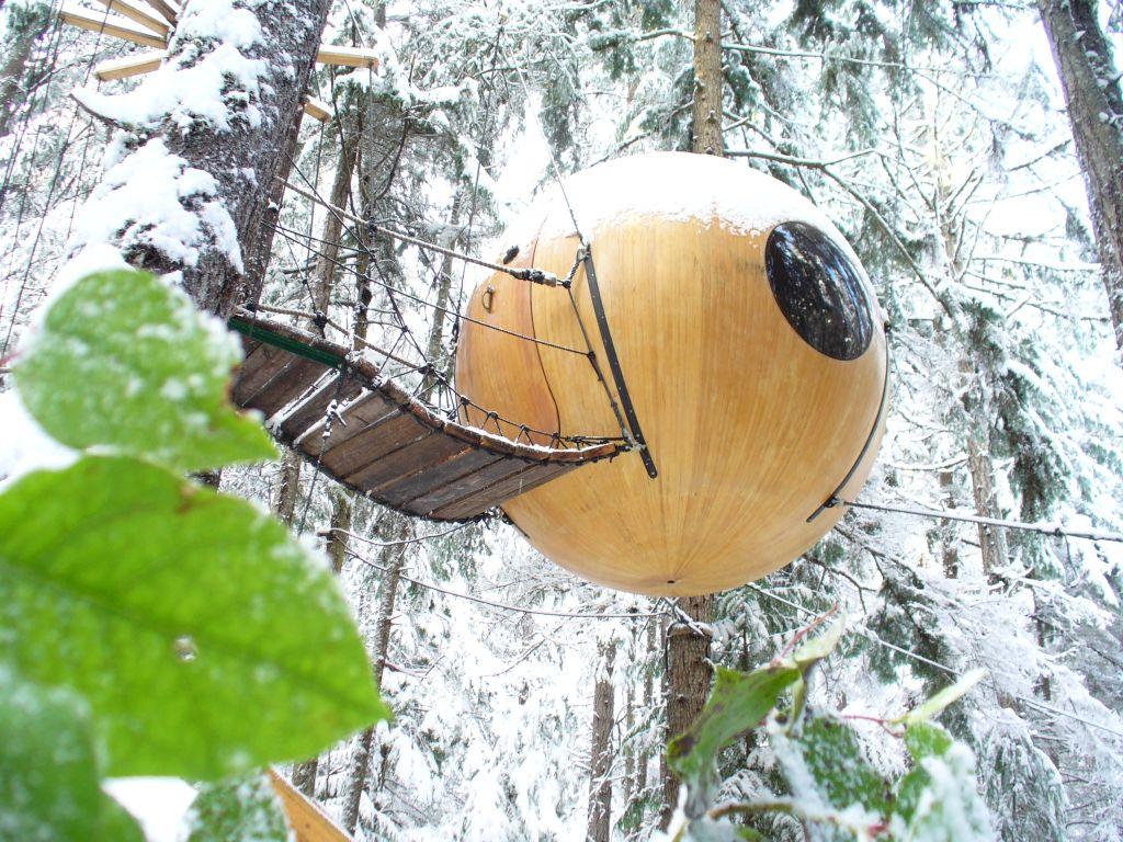Free Spirit Sphere-Tom.Chudleigh