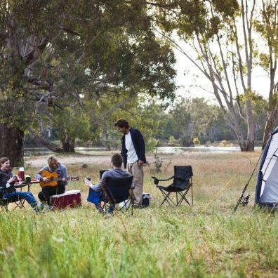 Australia-Camping-Friends camping - Boomanoomana (2)
