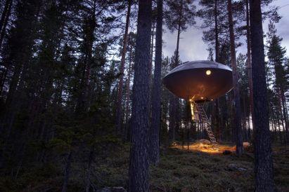 Swedish Treehotel-ufo_exterior_1