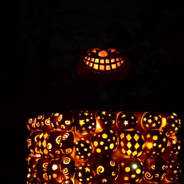New York Hudson Historic Valley-Jack o Lantern Blaze-Jack in the box - 1024 x 678