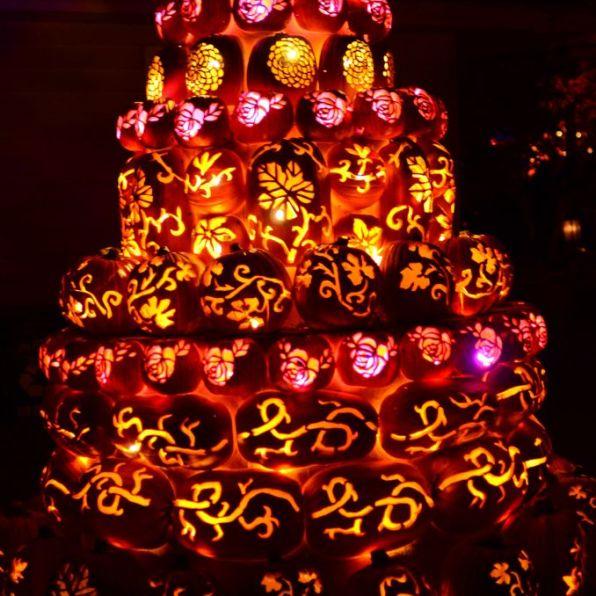 New York Hudson Historic Valley-Jack o Lantern Blaze-Wedding Cake - 678 x 1024