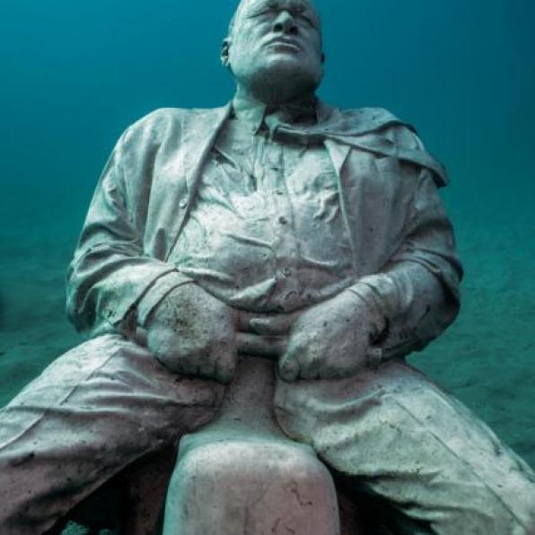 First underwater museum in europe in dazzling photos for Spain underwater museum