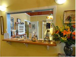 San Anselmo Inn front desk