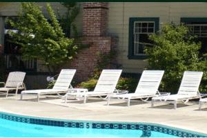 Riverlane Resort