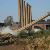 Demolarea concomitenta a turnurilor