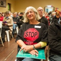 A public meeting at the Newtown Neighbourhood Centre held by the Westconnex Action Group on Monday night. Photo: Lorrie Graham