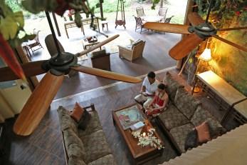 laka-lounge-pahoa-hotel-hawaiian-sanctuary