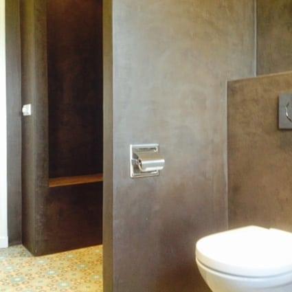 Chocolade bruine badkamer in Zutphen - Ecowonen