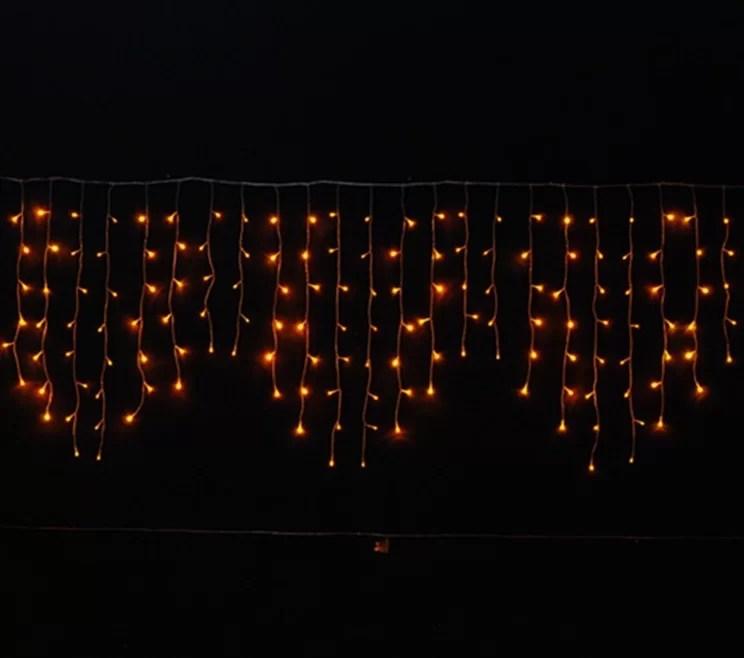 Reti luminose e tende di luci a prezzi speciali, per la decorazione di tende, balconi, finestre. Tenda Luminosa Luci Di Natale Energia Solare 200 Led Bianco Caldo Ecoworld Shop It