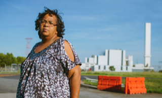 """""""We Can't Breathe: Zulene Mayfield's Lifelong War with Waste 'Managers'"""""""