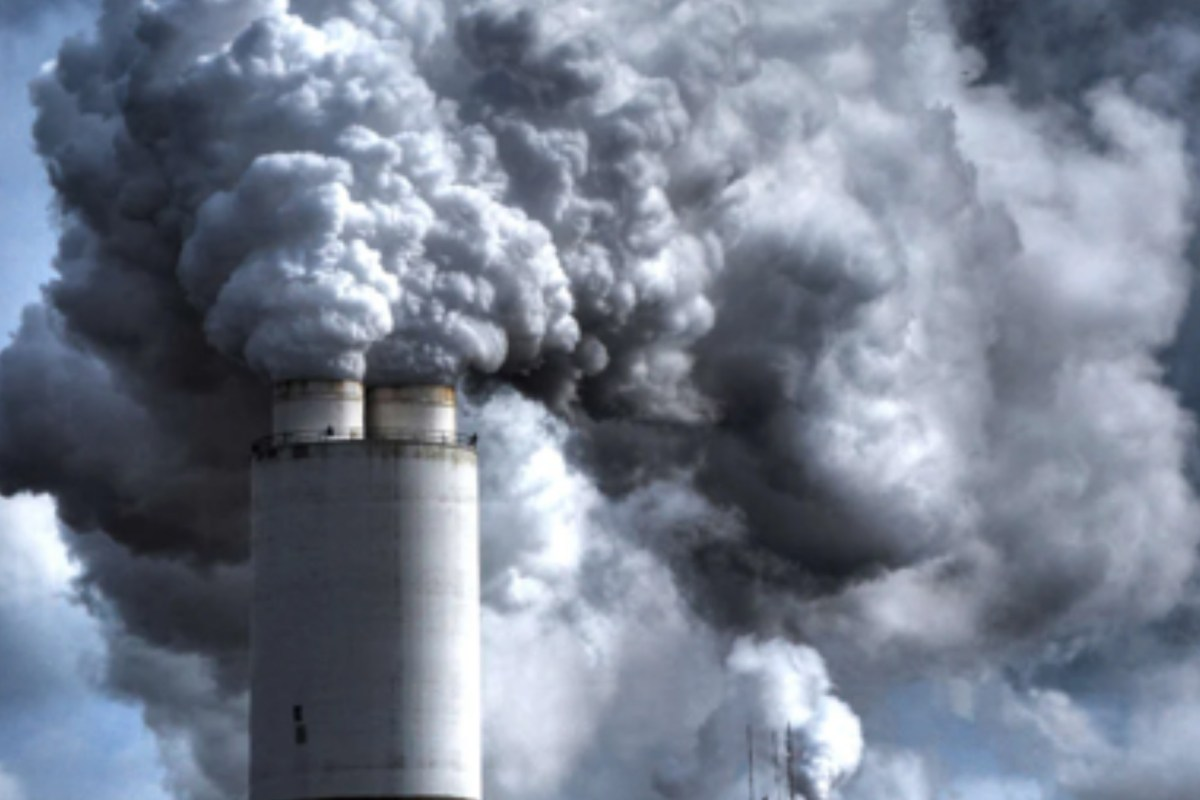 THE LINK BETWEEN AIR POLLUTION & COVID-19