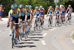 Nissan Sponsors Lance Armstrong Cycling Team