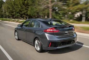Best 2017 cars under $30,000: Hyundai Ioniq