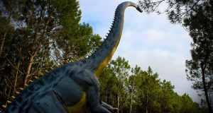 σαυρόποδα δεινόσαυροι