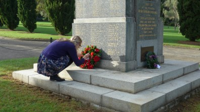 Image of laying the wreath at Pioneers Memorial Park Leichhardt, Anzac Day 2015 - ecperkins.com.au