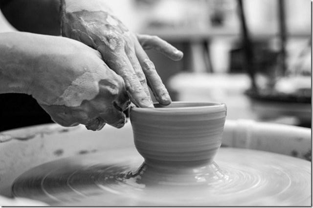 La créativité artistique, aussi fragile qu'une poterie