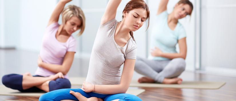 10 Gerakan Yoga Untuk Mengecilkan Perut Paling Ampuh dan Efektif