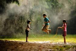10 Permainan Tradisional Asli Indonesia Paling Populer Tokopedia Blog