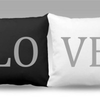 Sarung Bantal Sofa Exclusive LOVE BWCAMBRIA. 2 pcs/set