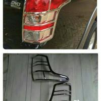 Garnish/List Lampu Belakang All New Strada Triton 2016